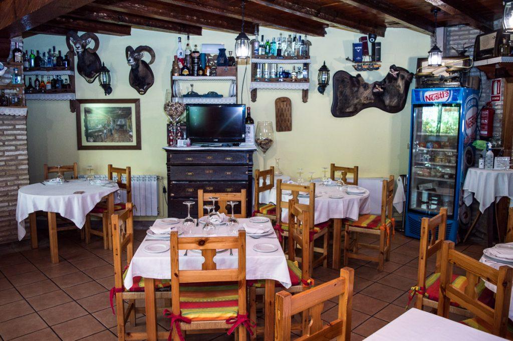 restaurante-el-meson-01